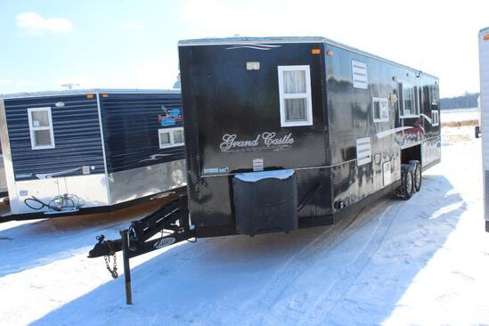 *** 2016 8' X 24'V AMERICAN SURPLUS ICE CASTLE FISH HOUSE, VALLEY HYD. TANDEM AXLE FRAME,