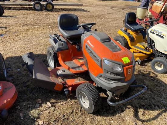 """HUSQVARNA LGT54DLX LAWN TRACTOR, 54"""" CLEAR CUT DECK, BAGGER, HYDRO, 40.4 HOURS SHOWING"""