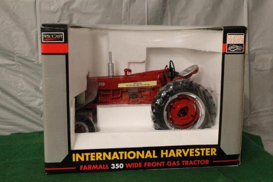 1/16 FARMALL 350, WF, GAS, CLASSIC SERIES, BOX HAS LIGHT WEAR