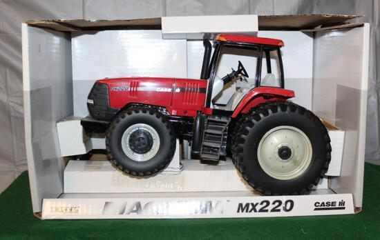 1/16 CASE IH MX220, MFWD, DUALS, TRACTOR HAS BEEN DISPLAYED, BOX HAS LIGHT WEAR