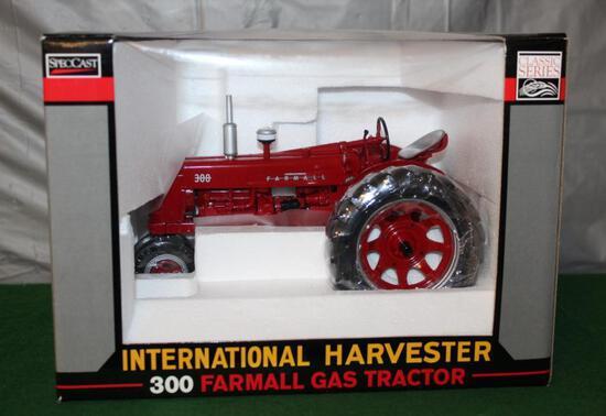 1/16 FARMALL 300, NF, GAS, CLASSIC SERIES, BOX HAS LIGHT WEAR