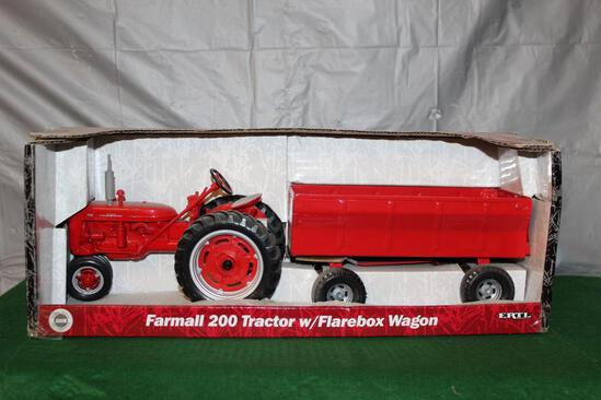 1/16 FARMALL 200 WITH FLARE BOX WAGON, BOX HAS LIGHT WEAR