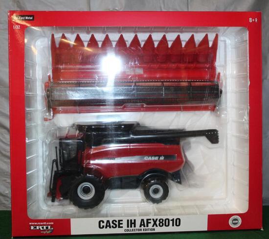 1/32 CASE IH 8010 AFX COMBINE, BEAN AND CORN HEAD, BOX HAS LIGHT WEAR