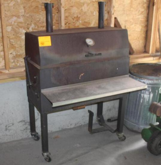 Gas Grill, Looks Like It's Homemade