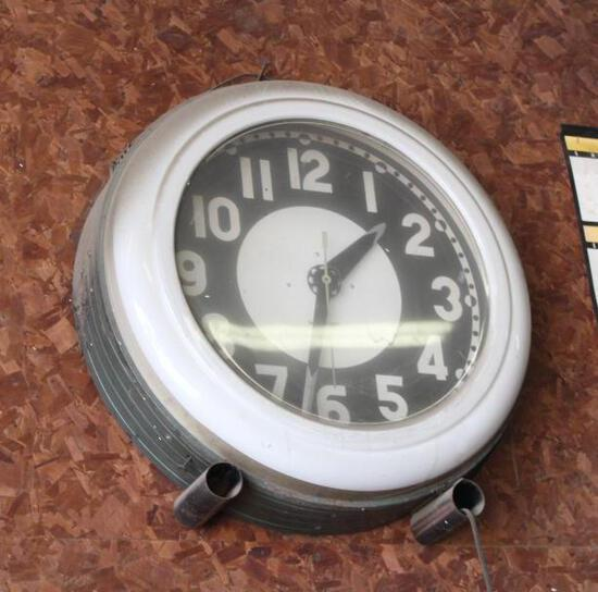 Antique Round Clock, Not Tested, No Shipping