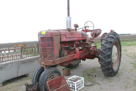 1947 FARMALL M, NF, FENDERS, 12 VOLT, ELECTRONIC IGNITION, PTO, PULLEY, CEMENT WHEEL WEIGHTS,