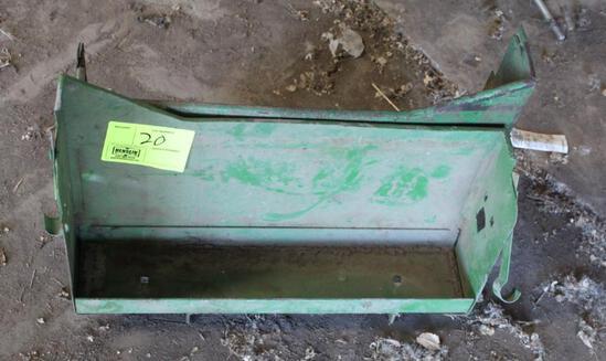 (2) JOHN DEERE BATTERY BOXES FIT JOHN DEERE 10 OR 20 SERIES