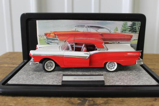 1/34 1957 FORD SKYLINE IN CASE