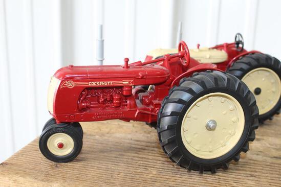 1/16 COCKSHUTT 560, 1988 NATIONAL FARM TOY MUSEUM, NEW IN BOX