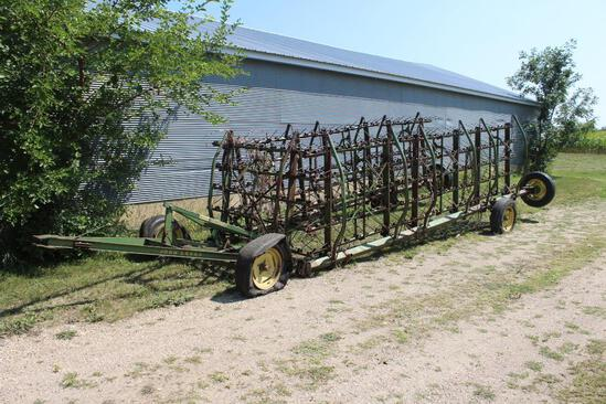 JD Spring Tooth Drag on Hyd Cart, 7 Section, No Cylinder, Needs Tires