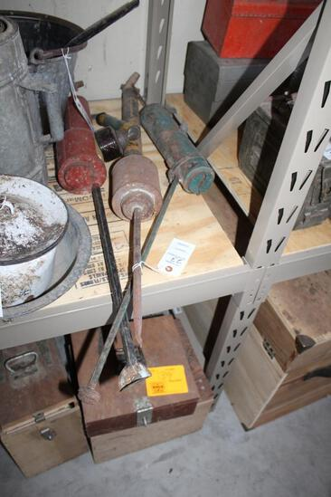 (3) GARDEN DUSTERS AND SMALL COAST TO COAST SPRAYER