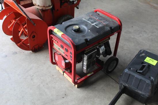GENERAC 4000 XL PROTABLE GENERATOR, 7.8 HP GAS ENGINE