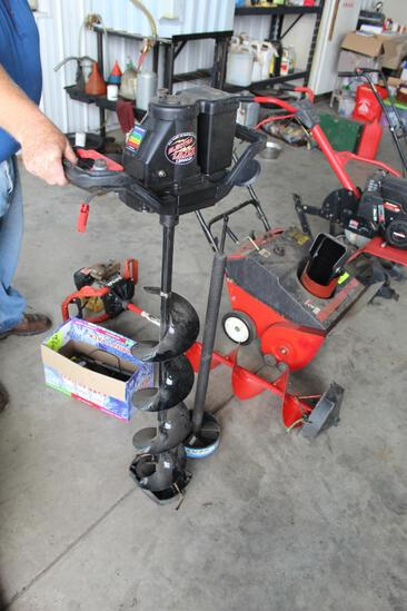 """STRIKEMASTER ELECTRA LAZER 12000 DP ICE AUGER, 8"""", CHARGERS AND AUGER EXTENSION"""