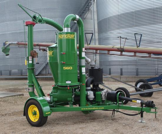 """HANDLAIR 560 GRAIN VAC, SMALL 1000 PTO, 5"""" PIPE, LIKE NEW, BOUGHT NEW, SHEDDED"""