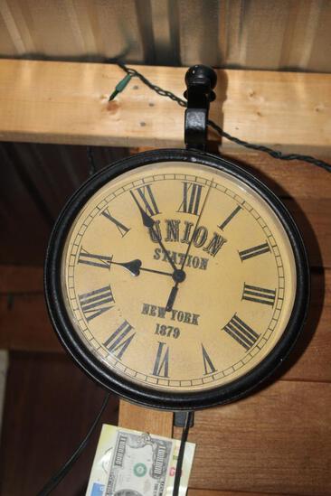 "10"" Round Union Station Plastic Clock on Hanger, Untested"