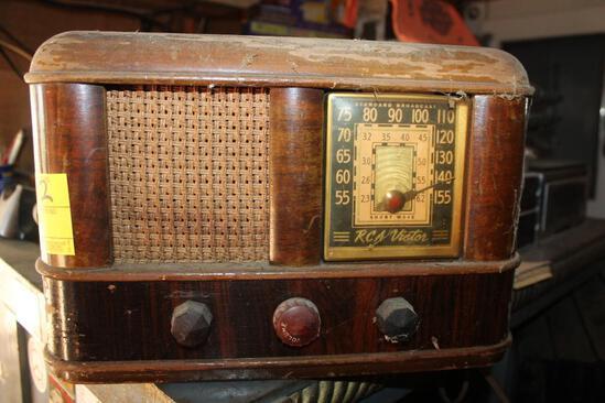 RCA Victor Short Wave Radio