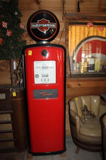Gilbertson Model 996A8 Gas Pump with Harley Davidson Plastic Globe and Glass Inserts
