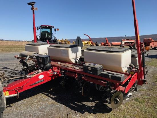 White AGCO 8100 Planter