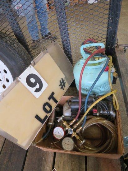 Air Conditioner Refill Unit & Vacuum Pump