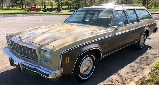 1975 Chevrolet Malibu Estate SW.Believed to be 46,000 actual miles...due to