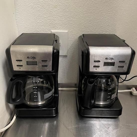 Coffee Maker MR COFFEE with jar