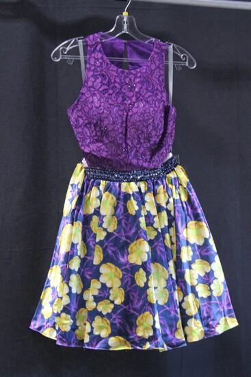 Lucci Lu Purple Floral Mini Dress Size: 6