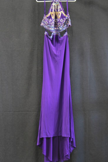 Dave And Johnny Purple Halter Sequin Gown Size: 44322