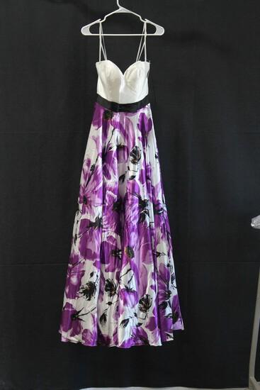 Landa Designs Purple Floral Strapless Satin Gown Size: 6