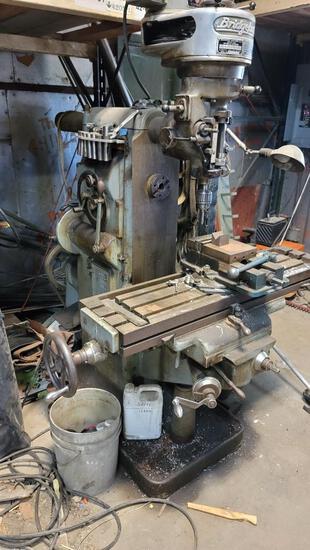Milwaukee/Bridgeport End Mill 3 Phase Working