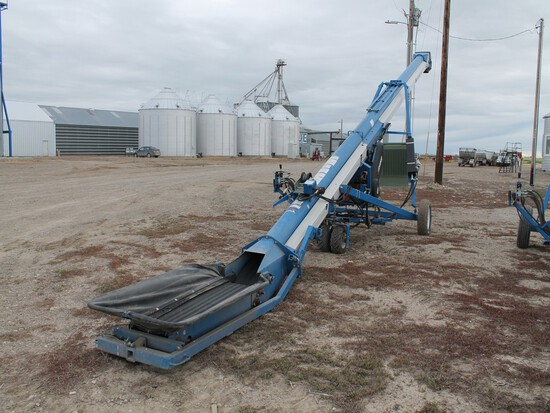 BRANDT GRAINBELT MODEL 1545 GRAIN AUGER WITH KOHLER 27HP GAS ENGINE