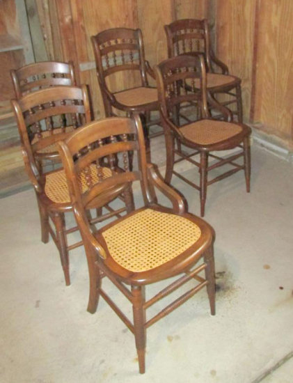 (6) Wicker Bottom, Spindle Leg Dining Room Chairs