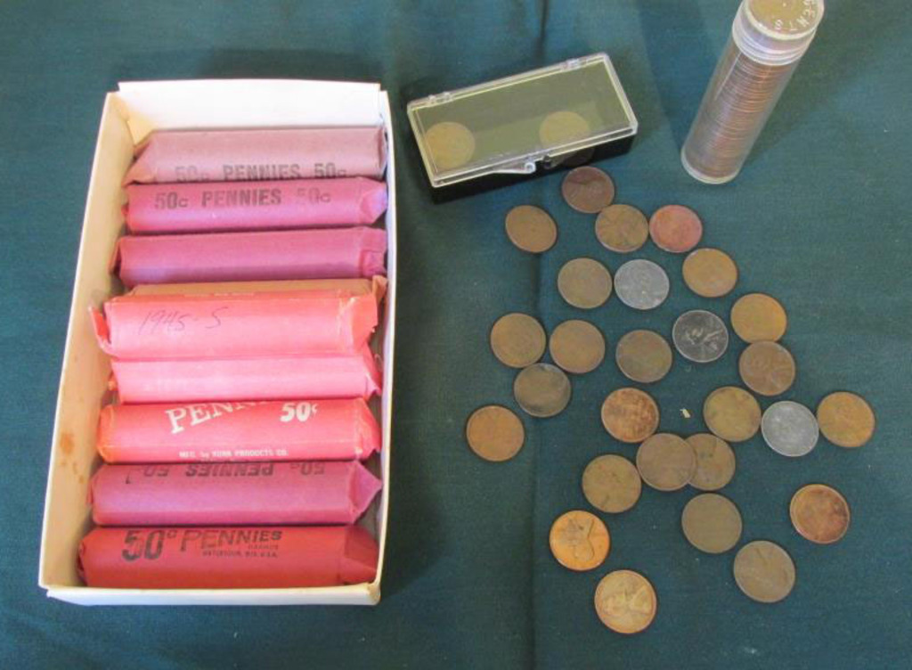Collection Of Unsearched Wheat Pennies - M