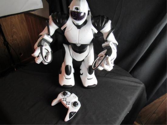 "Wowee RoboSapien V2 Remote Controlled 22"" Robot"