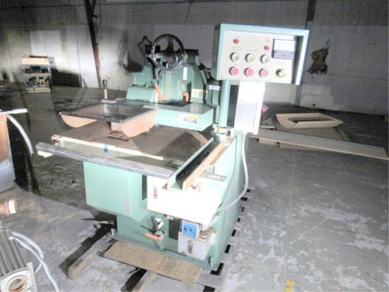 Bridgewood Straight Line Rip Saw With Auto Feed 3 Phase