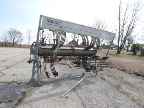Doucet Clamp Carrier