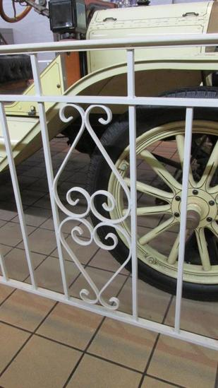 Wrought Iron Fence Encloser - L