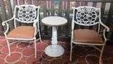 (2) Chairs & Table - Ua