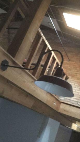 F - (18) Industrial Overhang Lights