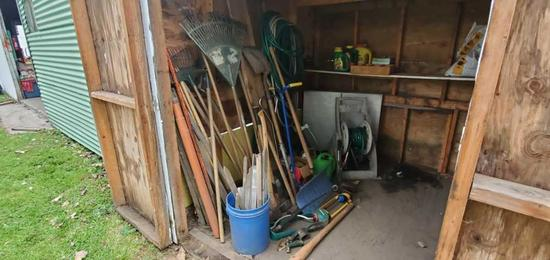 S-Lot of Outdoor Tools and Garden Items