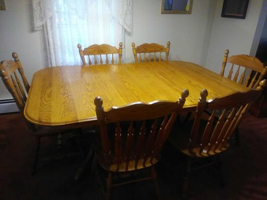 DR- Solid Oak Table With 6 Oak Chairs