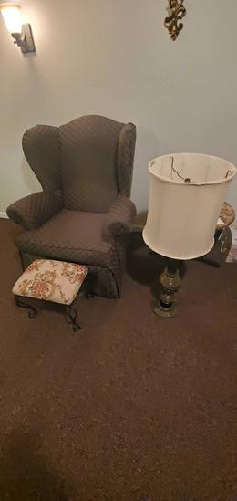 D- Wingback Chair, Ottoman & Lamp