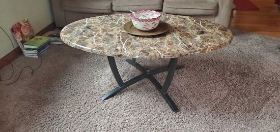 L, U, B- Set of 3 Tables & Lamp