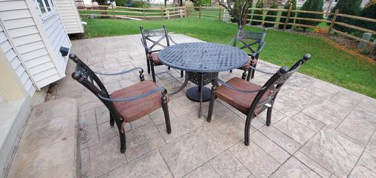 OUT- Outdoor Metal Patio Set