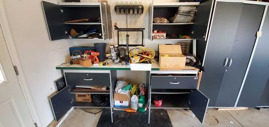 G- Contents of Workbench, Drawers & Cabinets