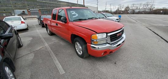 2005 Red GMC Sierra