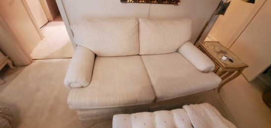 MB- White Rolled Arm Loveseat