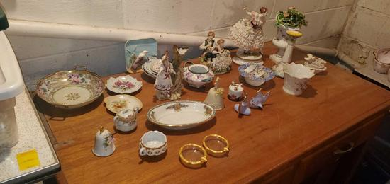 BS- Lot of Antique Figurines