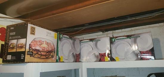 BS- 3 Dinner Sets & Garden Dish Candleholder