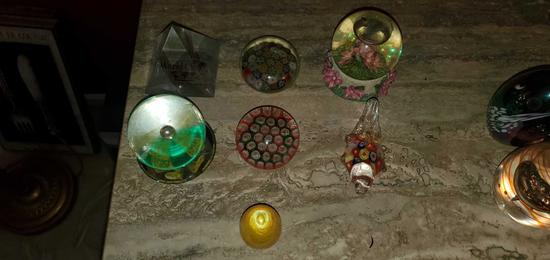 L- (7) Paperweights