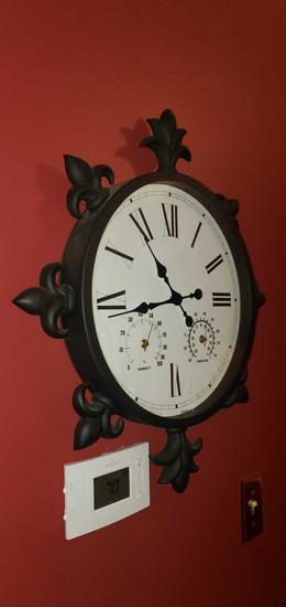 H- Wall Clock